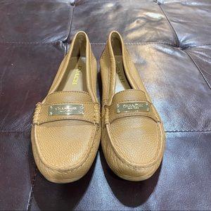 Coach Shoes - Coach NWOBOX size 7 B